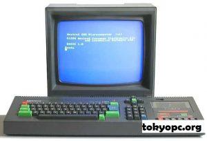 Sejarah Pengembangan TRS-80, Komputer Mikro Desktop